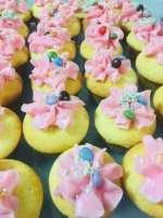 krista mountford cupcake